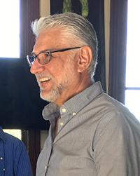 Dr. Alberto Burquez